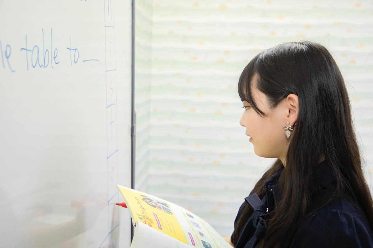 籾山ひめり「英語に駄菓子選びに大奮闘!」【写真74枚】【連載】ラストアイドルのすっぴん!vol.26の画像005