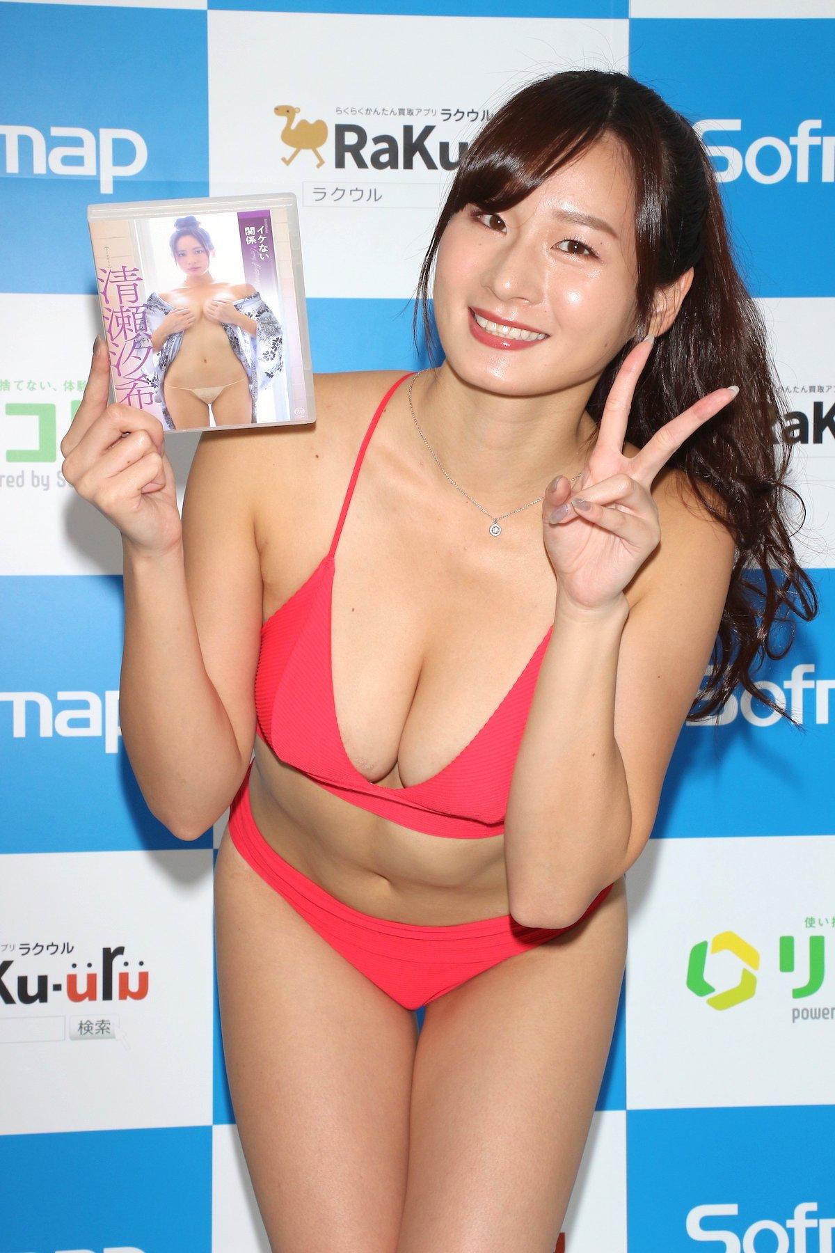 清瀬汐希「本当に何も着てない」お風呂のシーンは露出度満点!【画像62枚】の画像062