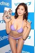松嶋えいみ「初ローション」でぬるぬるぬるぬる【写真30枚】の画像029
