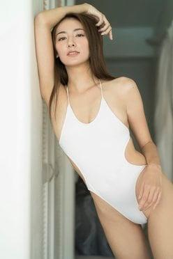 RQ女王・近藤みやび「ハイレグで悩殺」エレガントなボディラインを公開の画像