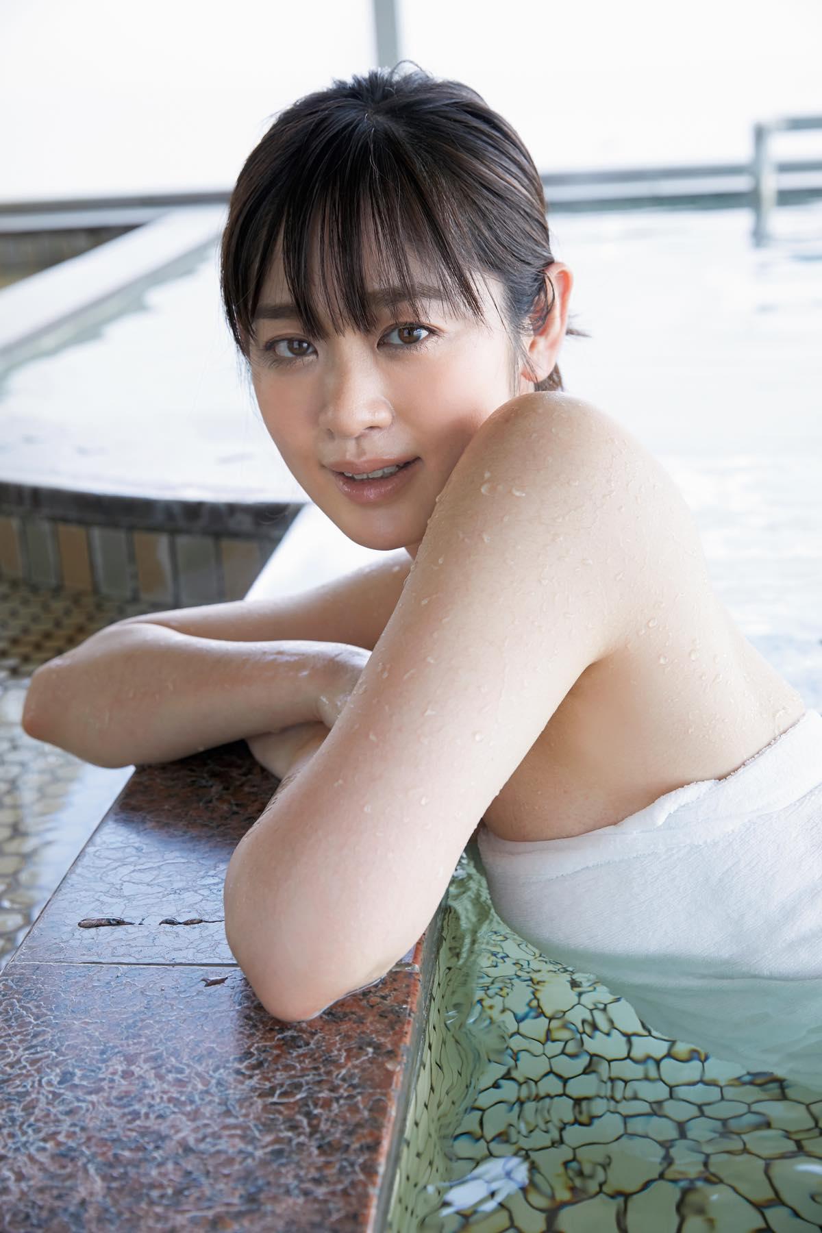 池田裕子「白桃のような美ヒップ」艶っぽい大人の魅力に撃沈!【画像12枚】の画像008