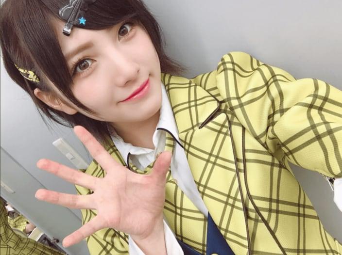 AKB48岡田奈々は7日が誕生日! 11月4日から11月10日生まれのアイドルを探せの画像