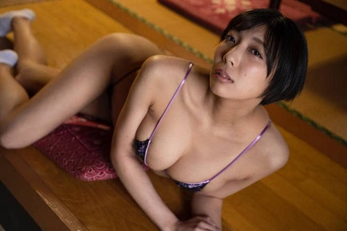 """麻倉まりな「""""日本一レバーをうまく焼くグラビアアイドル""""っていう肩書で焼き鳥焼いてました」の画像"""