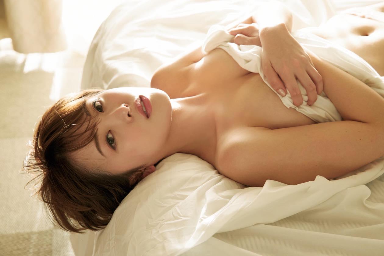 忍野さら「色気ムンムン」ショート美女のゆるふわボディ【写真9枚】の画像007