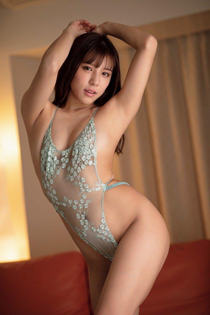 夏本あさみのグラビア水着ビキニ画像3