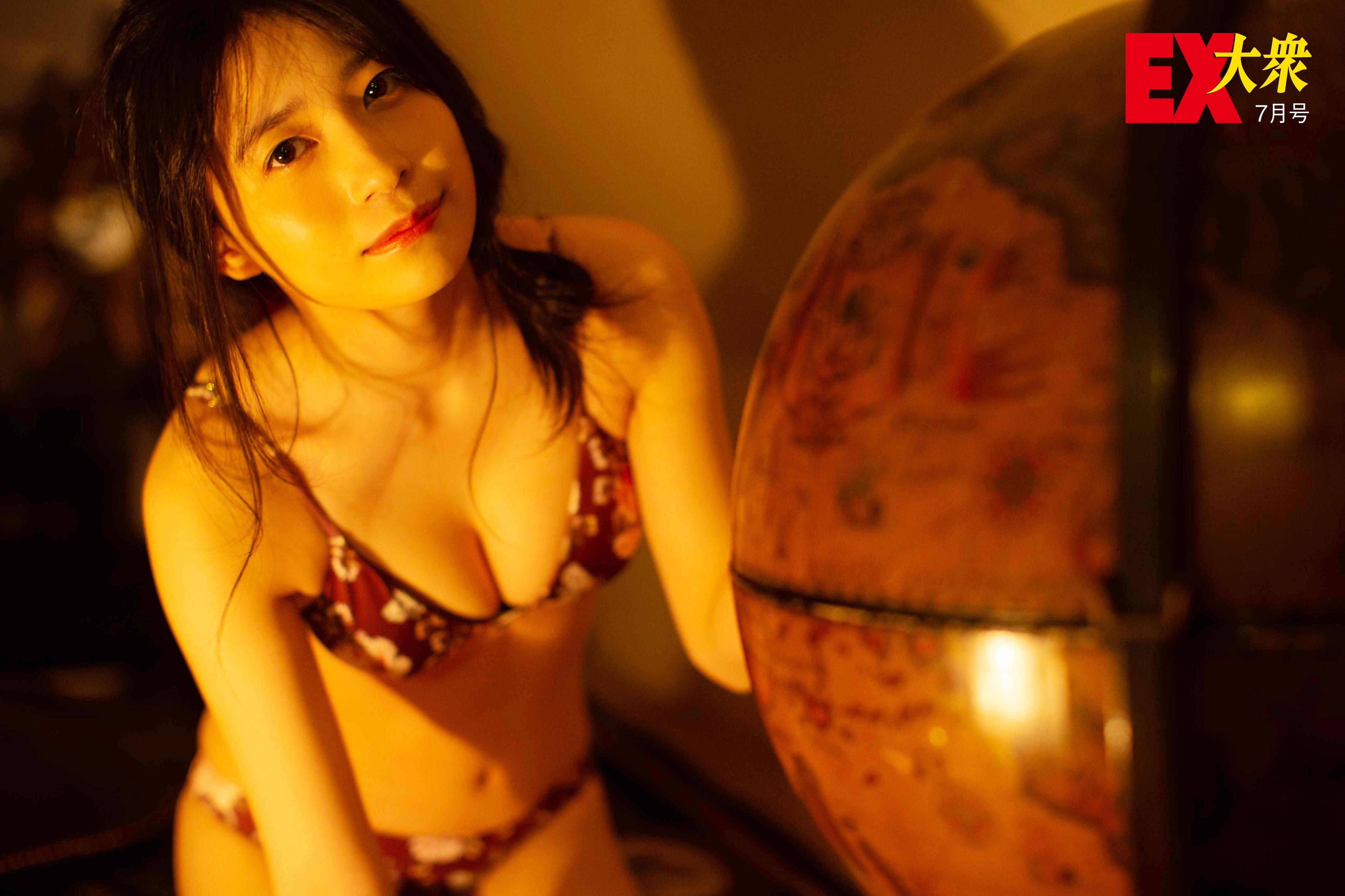 AKB48佐々木優佳里の本誌未掲載カット4枚を大公開!【EX大衆7月号】の画像003