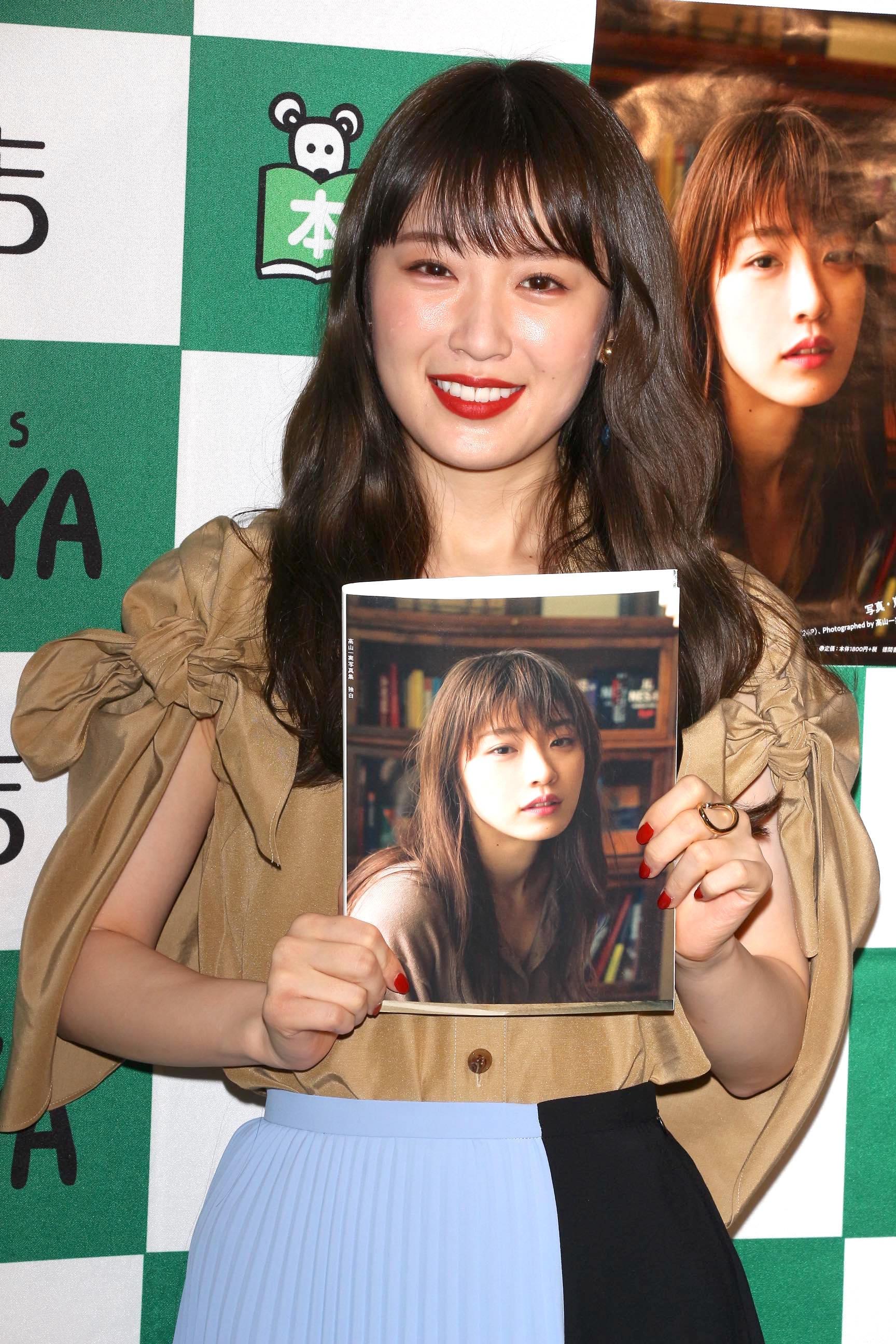 乃木坂46高山一実「笑っていない顔」を選んだ理由。『独白』インタビュー(5/5)の画像002