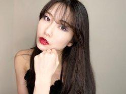 前AKB48総監督・横山由依、セクシーな肩出し衣装で「チャイボーグメイク」披露の画像