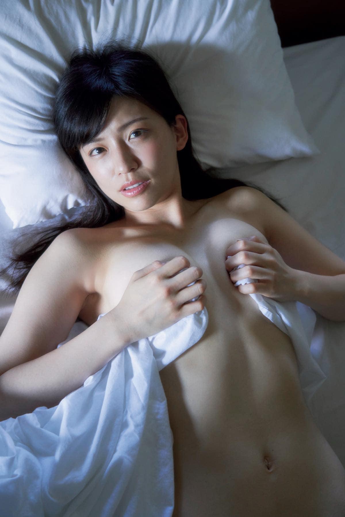 佐野マリア「ほぼ生まれたまま」大胆すぎる入浴姿【写真7枚】の画像004