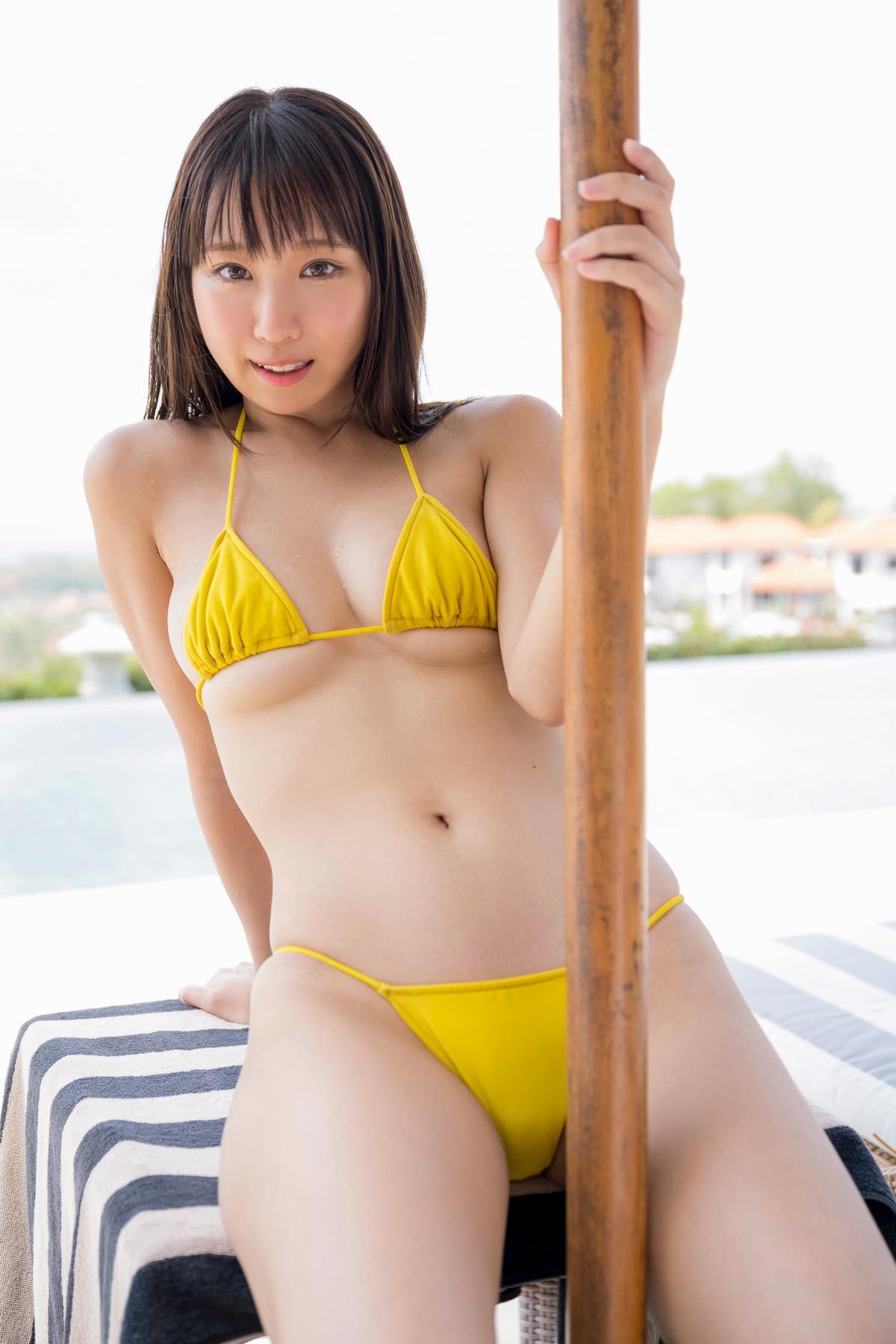 日向葵衣の水着画像4