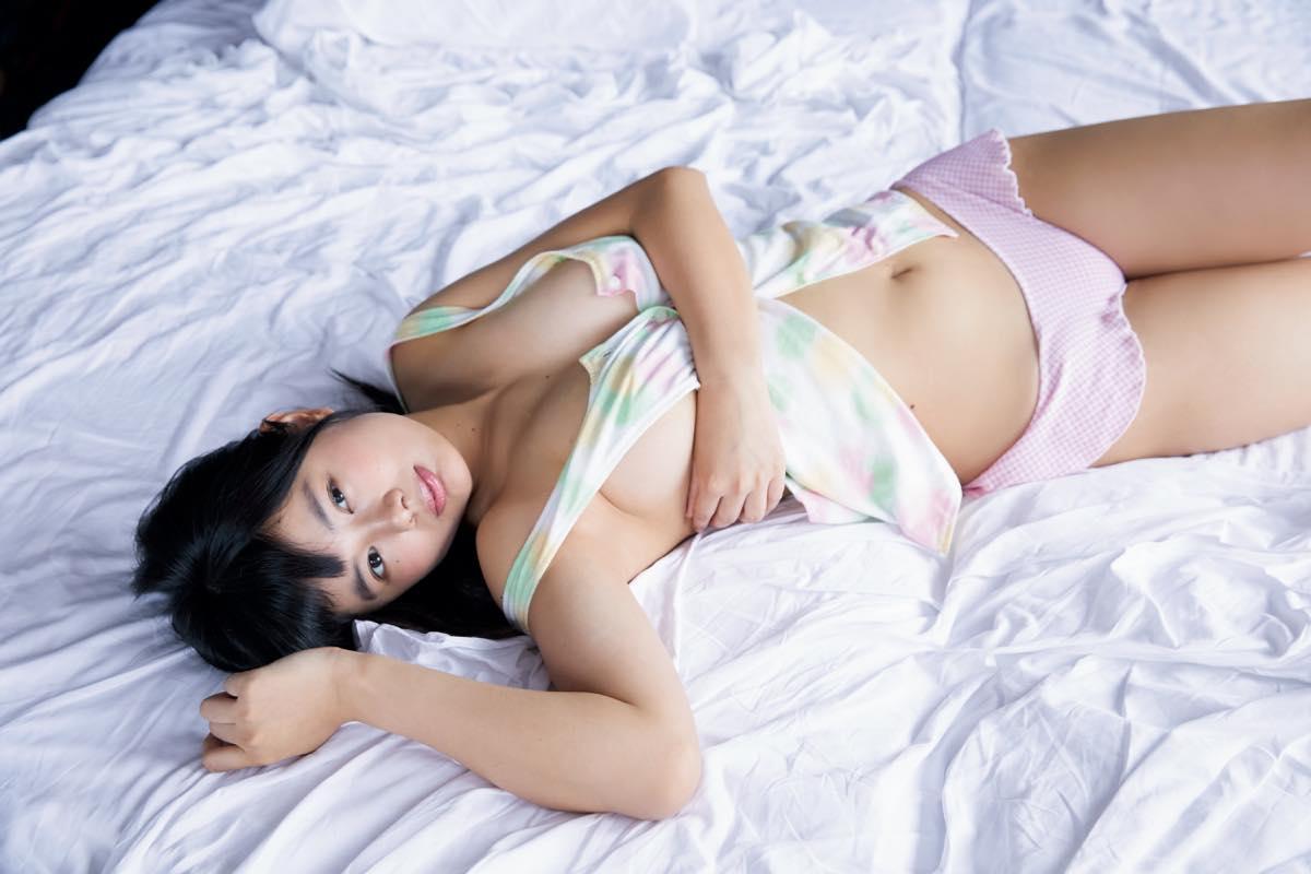蒼山みこと「熊本からきた純朴少女」のムッチムチボディ【写真10枚】の画像003