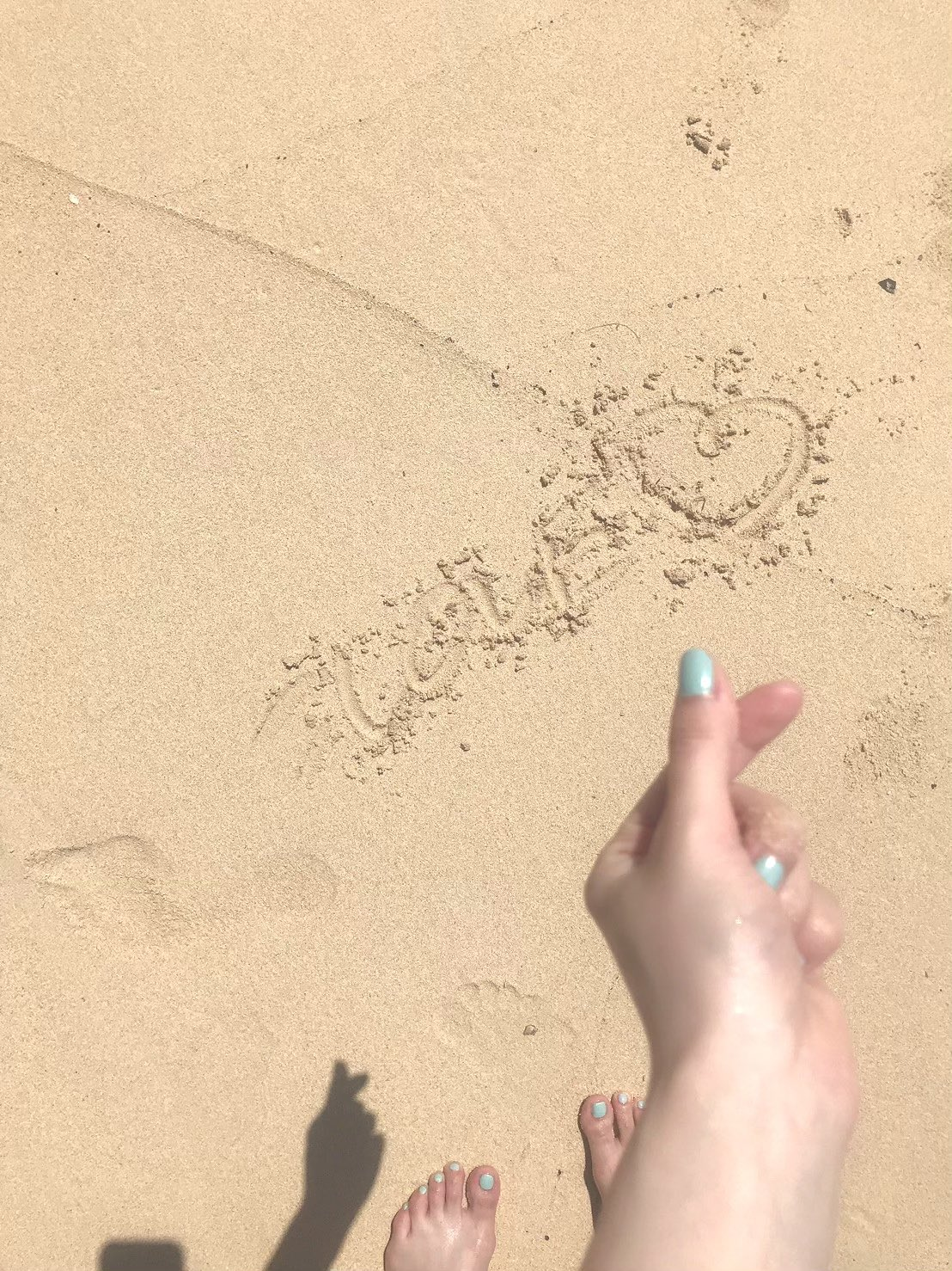 =LOVE大谷映美里「砂浜で輝く美スタイル&ビキニ」ファースト写真集の予約がスタート【画像2枚】の画像001