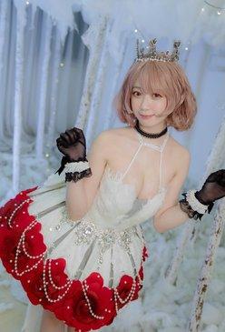 中国美女Yami「胸がはだけそうな歌姫」ゲームキャラを最速コスプレ!【画像4枚】の画像