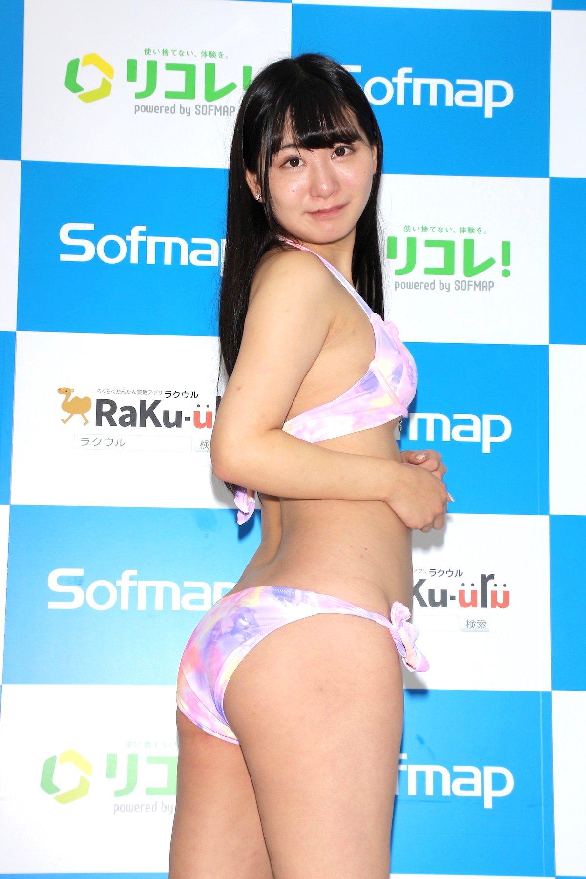鈴木ことね「お尻推しって言われます」自分では意識してませんでした【画像49枚】の画像012