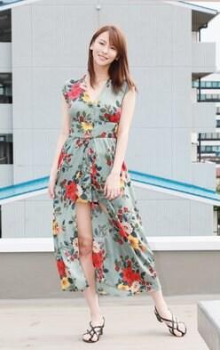 奈月セナ「モデルだと服よりもおっぱいが目立ってしまって、巨乳を生かしてグラビアをやろうかなと」【写真6枚】ズバリ本音で美女トーク3/5の画像