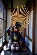 十味「セクシー過ぎるサムライ」『別冊ヤングチャンピオン』のコラボ表紙に登場!【画像5枚】の画像002