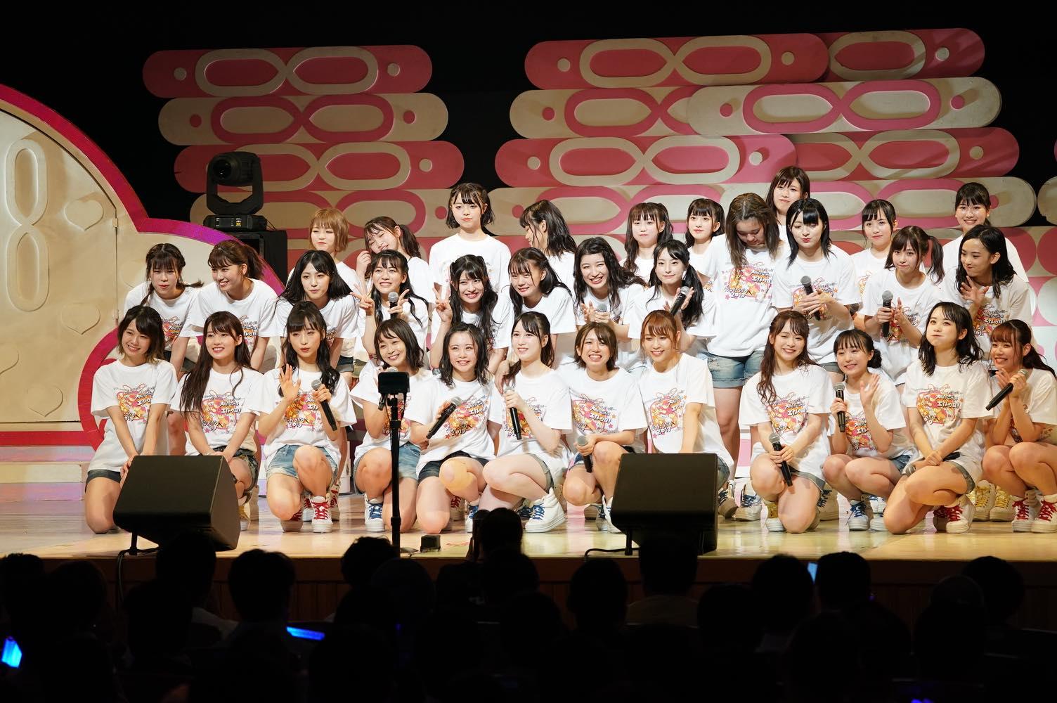 AKB48チーム8大阪公演開催、OGメンバーも集結!【写真22枚】の画像018