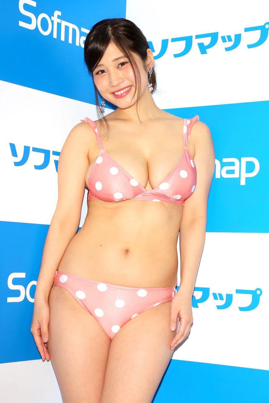 橘花凛「下乳も解禁」改名前のビキニ姿をお届け!【写真27枚】の画像003