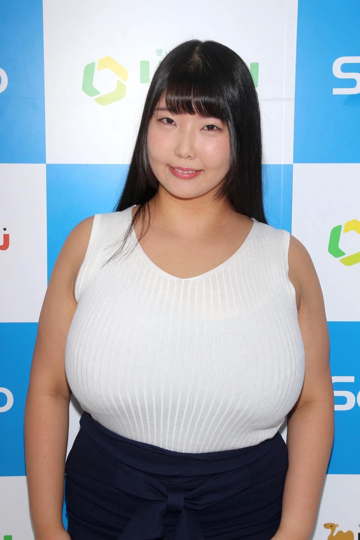 ももせもも「規格外の想定外!」Kカップ155cmは既成品の衣装ナシ!【写真40枚】の画像011