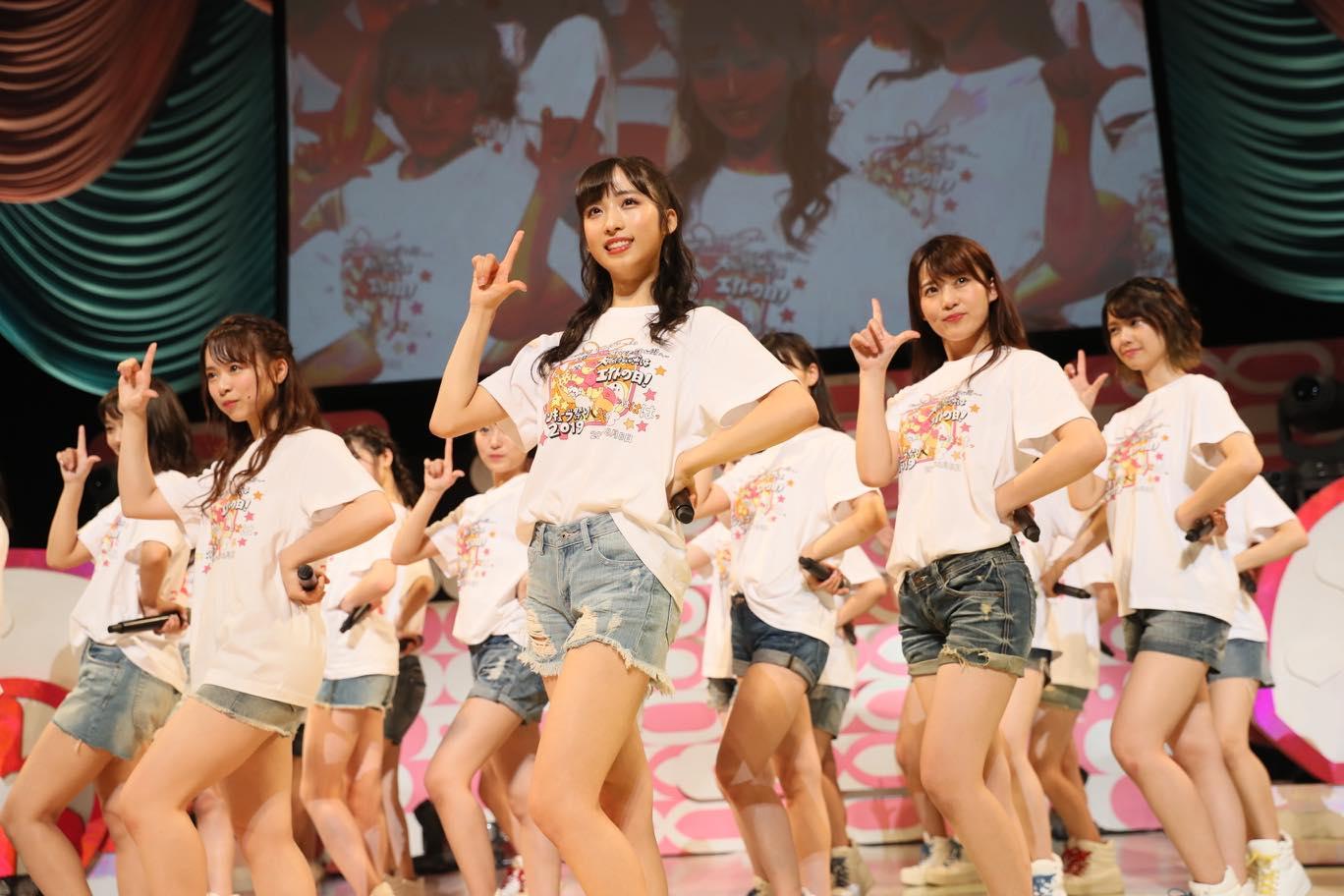 AKB48チーム8大阪公演開催、OGメンバーも集結!【写真22枚】の画像022