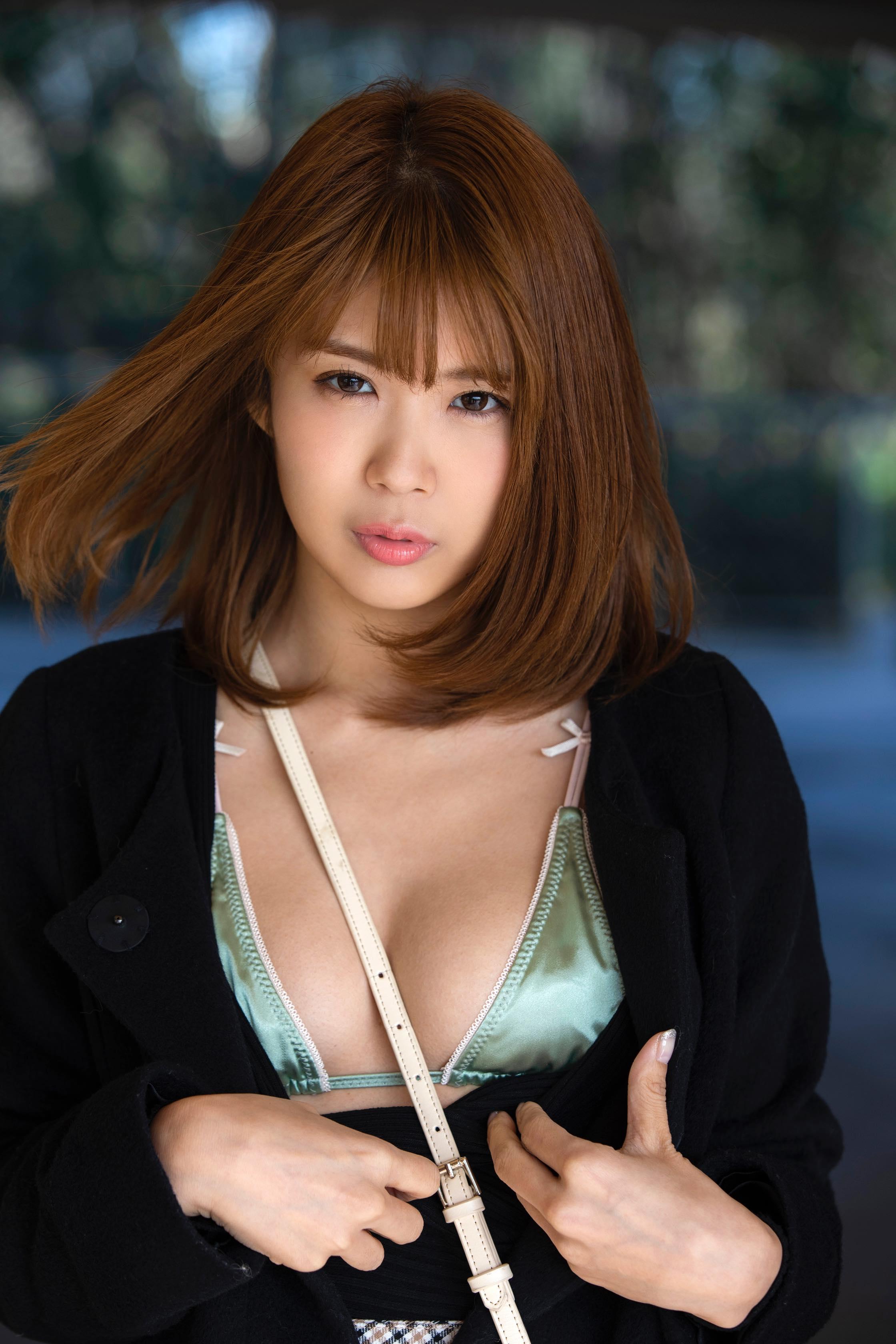 """三宿菜々「恥ずかしいけど……」初DVDは""""水色のランジェリー""""がお気に入り【写真28枚】の画像013"""