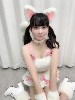 NMB48堀詩音「飼わせてください…」猫の日にセクシーな猫耳衣装を公開【画像4枚】の画像