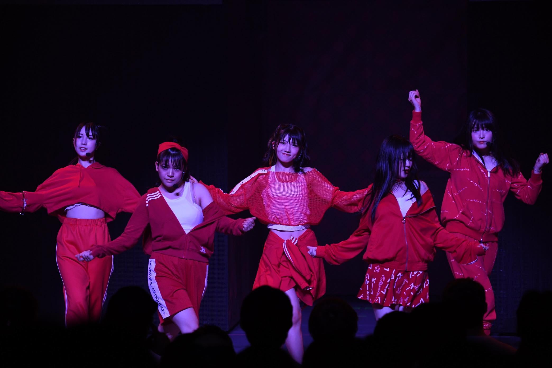 AKB48全国ツアー「神奈川公演」開催、チームBとチーム4のパワーが炸裂!【写真17枚】の画像012