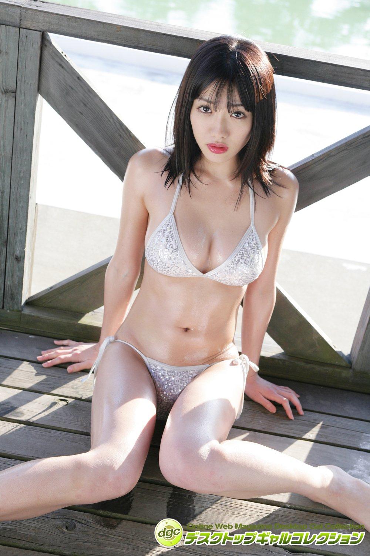 今野杏南「デビュー時のビキニ姿」フレッシュなグラビアを発掘!【写真5枚】の画像001