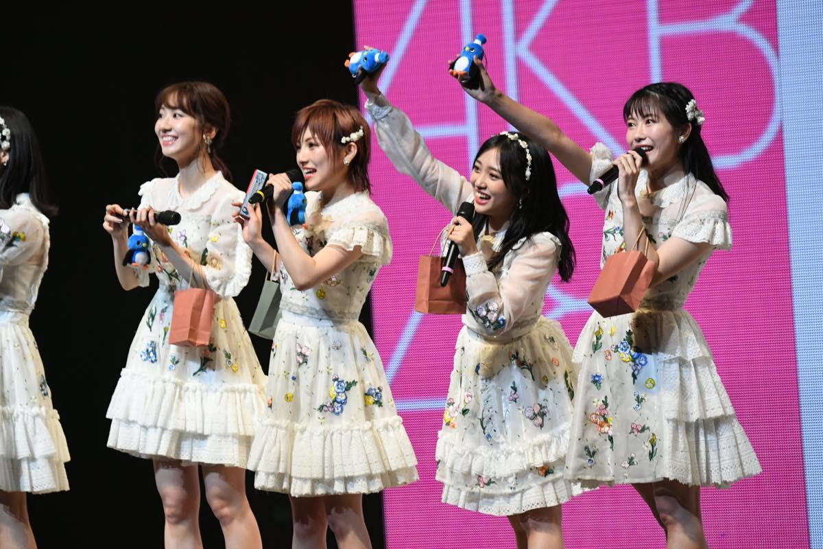 AKB48追加公演で「台風15号被災者への募金」を呼びかける【写真12枚】の画像004