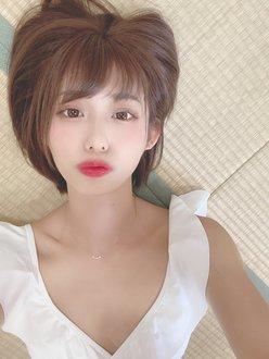 元NMB48山岸奈津美「えちえちなプルプル唇…」撮影会のオフショット【画像4枚】の画像