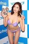 松嶋えいみ「初ローション」でぬるぬるぬるぬる【写真30枚】の画像030