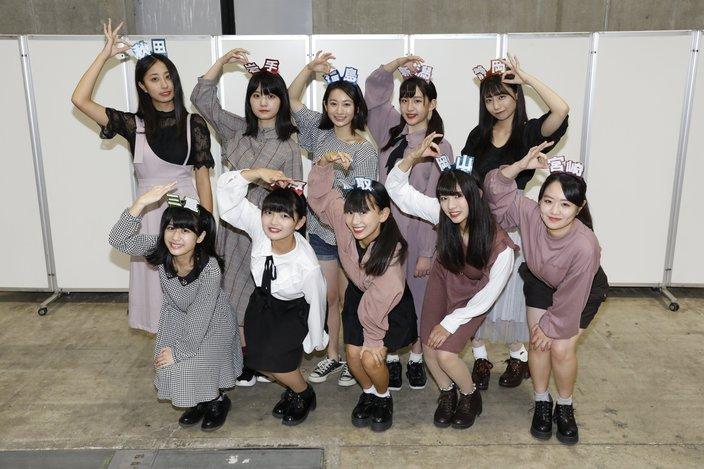 柏木由紀「お母さんと思ってほしい」AKB48チーム8新メンバー10名が握手会に初参加!【写真8枚】の画像
