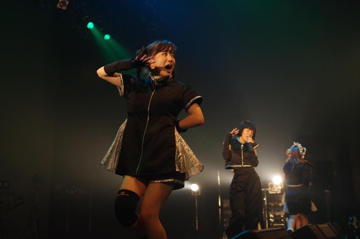 """めろん畑 a go go""""ロッキンなマスクアイドル""""が、新たな仲間とワンマンライブを開催!【写真22枚】の画像004"""