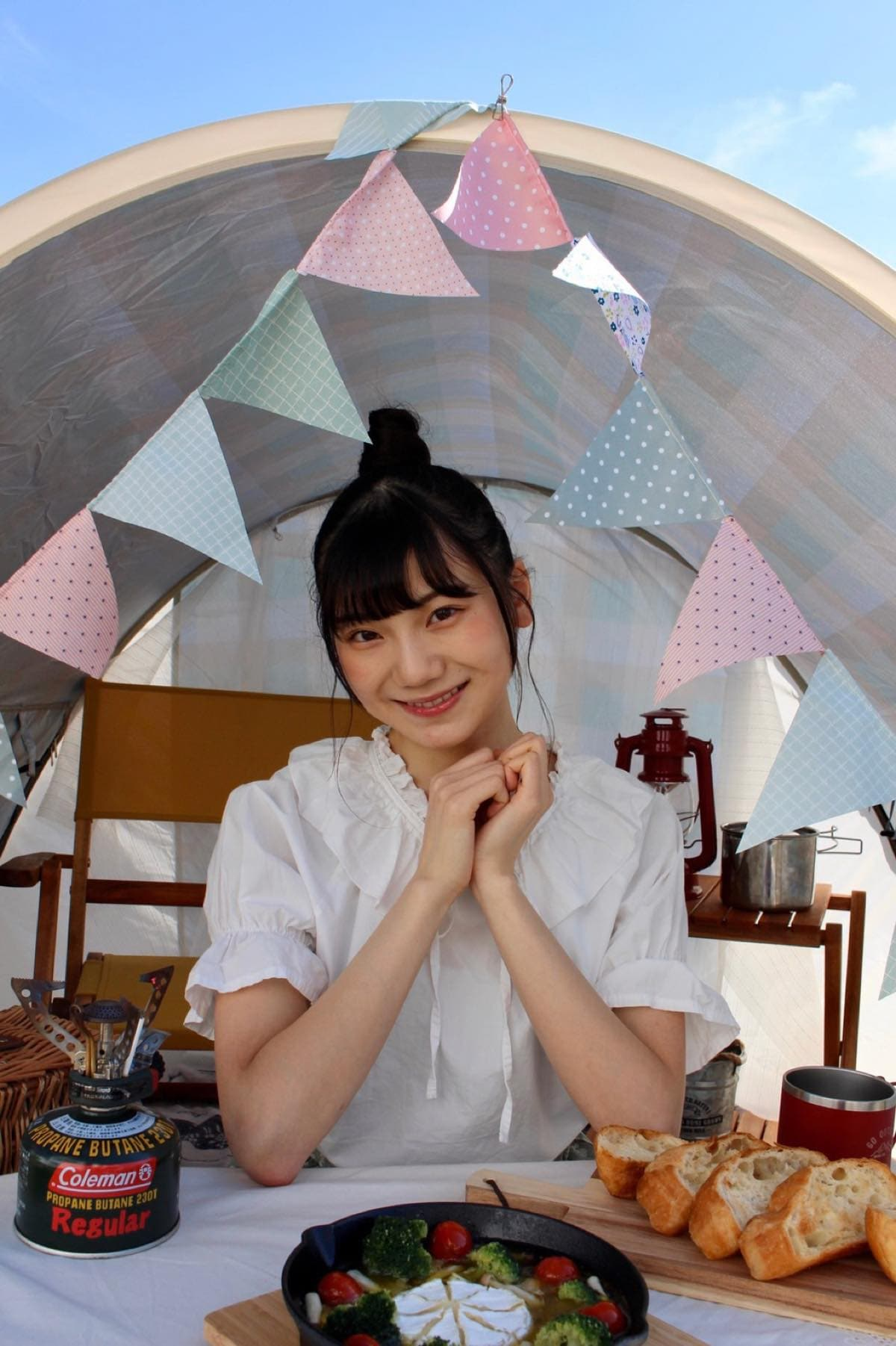 NGT48新センターを務める藤崎未夢がキャンプ・アウトドア情報メディアで連載スタート!の画像001