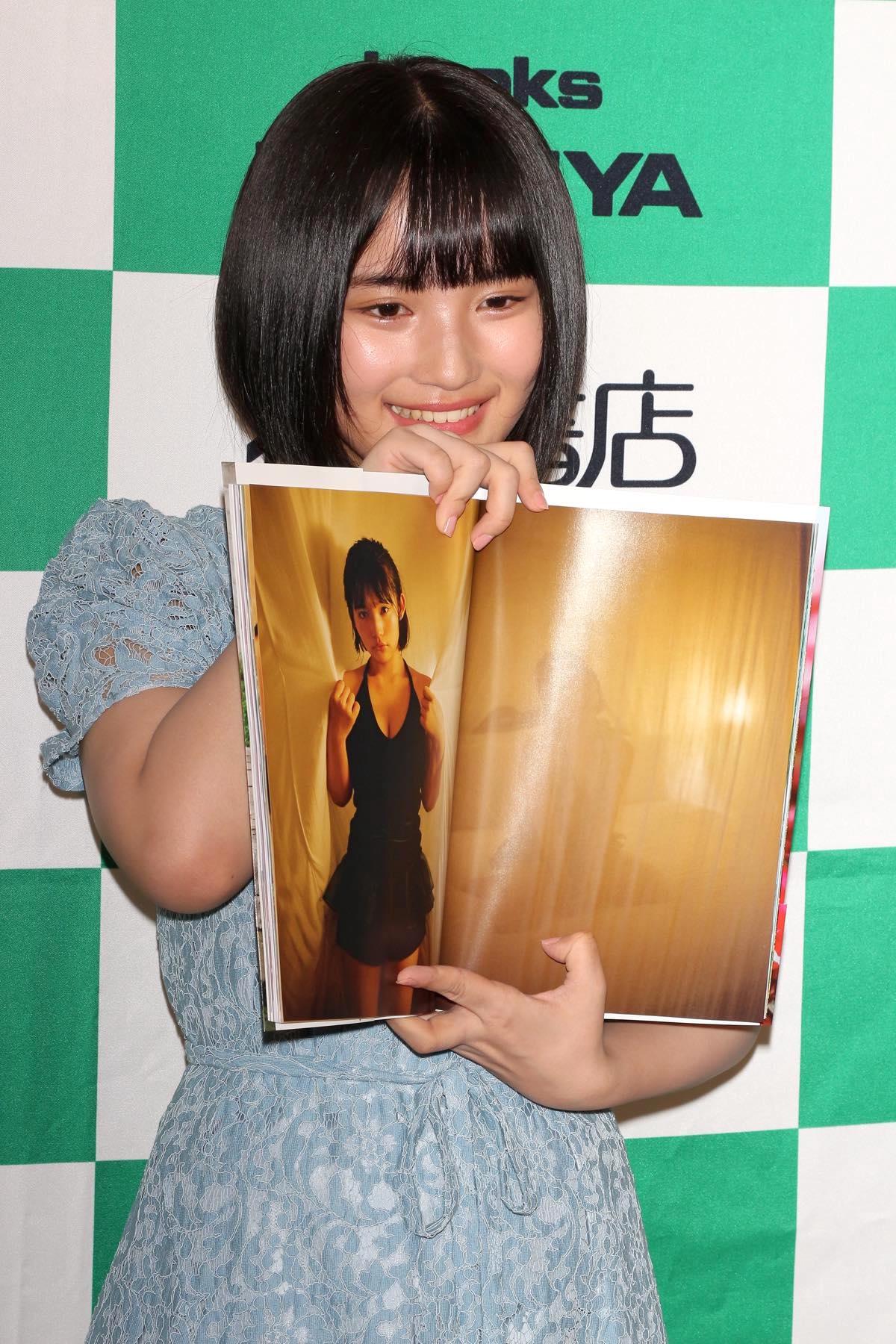 AKB48矢作萌夏「頑張っちゃった」1st写真集の見どころは?【写真28枚】の画像021