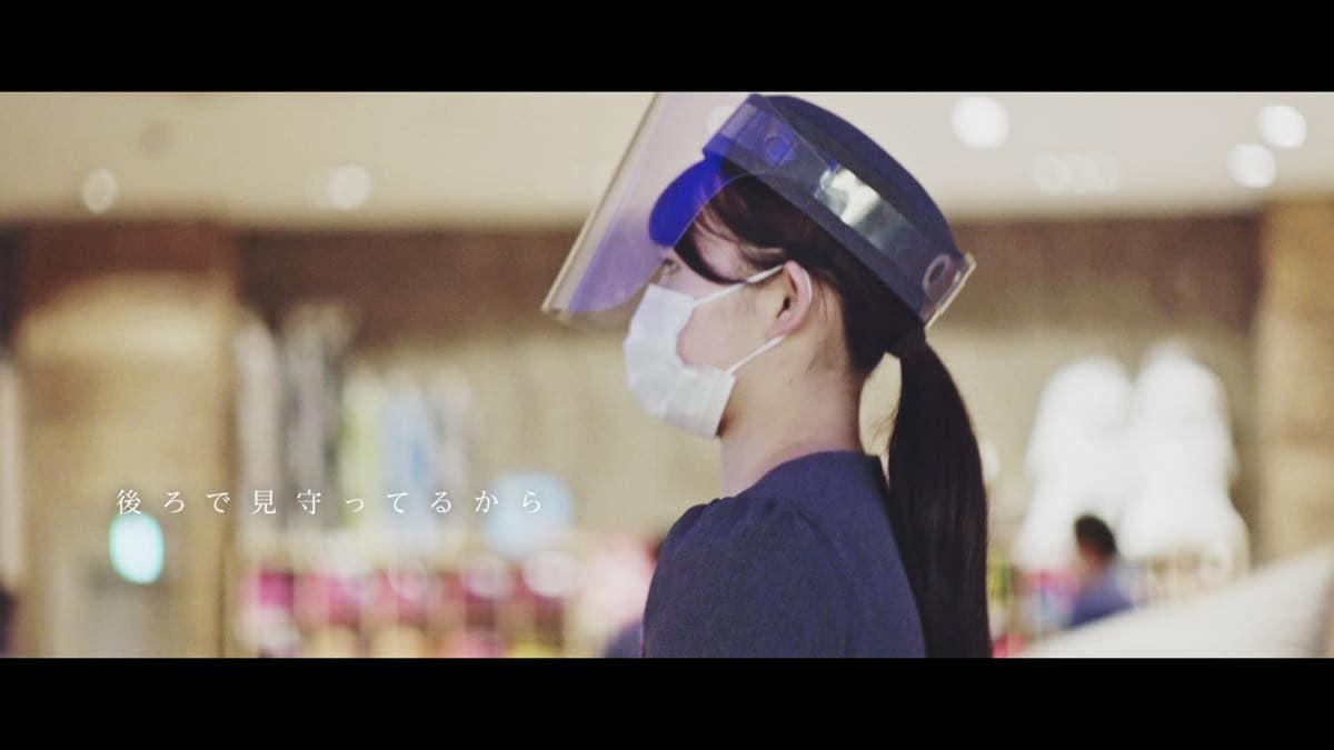 AKB48現役メンバーと卒業生8名が大集結!メッセージソング『離れていても』MVが解禁【写真24枚】の画像015