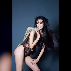 Cocomi「はじめてのフォトグラファー体験!」ランジェリー姿の妹Koki,の美尻をセクシーに撮影【画像2枚】の画像